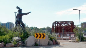Saskatoon's Traffic Bridge, under construction