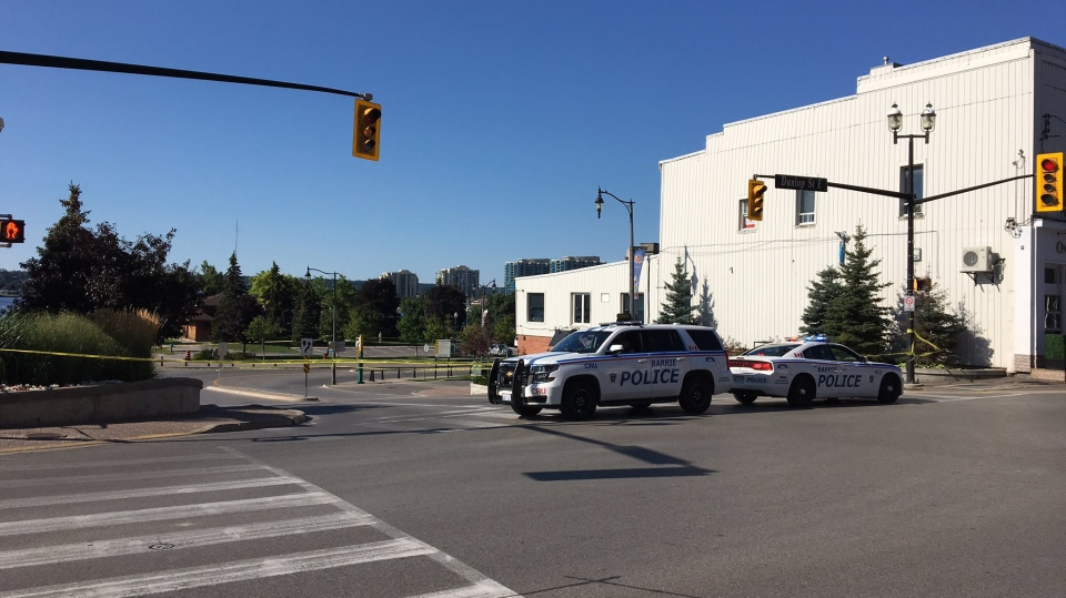 Barrie, Ont. police probe a shooting on Mulcaster Street on Sunday, Aug. 13, 2017. (Barrie police)