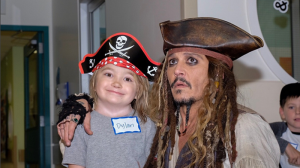 Johnny Depp visits a young patient at the B.C. Children's Hospital as his character Captain Jack Sparrow, from the 'Pirates of the Caribbean' films, on Aug. 14, 2017. (Instagram/BC Children's Hospital)