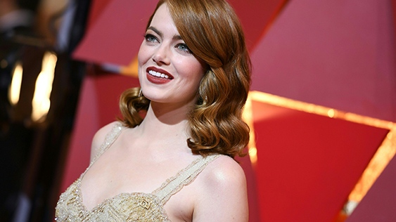 Emma Stone, 28, who won best actress for her role as a struggling performer in 'La La Land,' made US$26 million in pre-tax earnings in the year up to June, according to the magazine's annual chart. (© ANGELA WEISS / AFP)