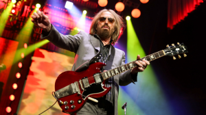 Tom Petty plays to a packed Rogers Arena in Vancouver on August 17, 2017. (Kenny Tai Photography)