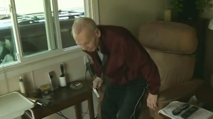 Nanaimo family claims caregiver robbed veteran, 93