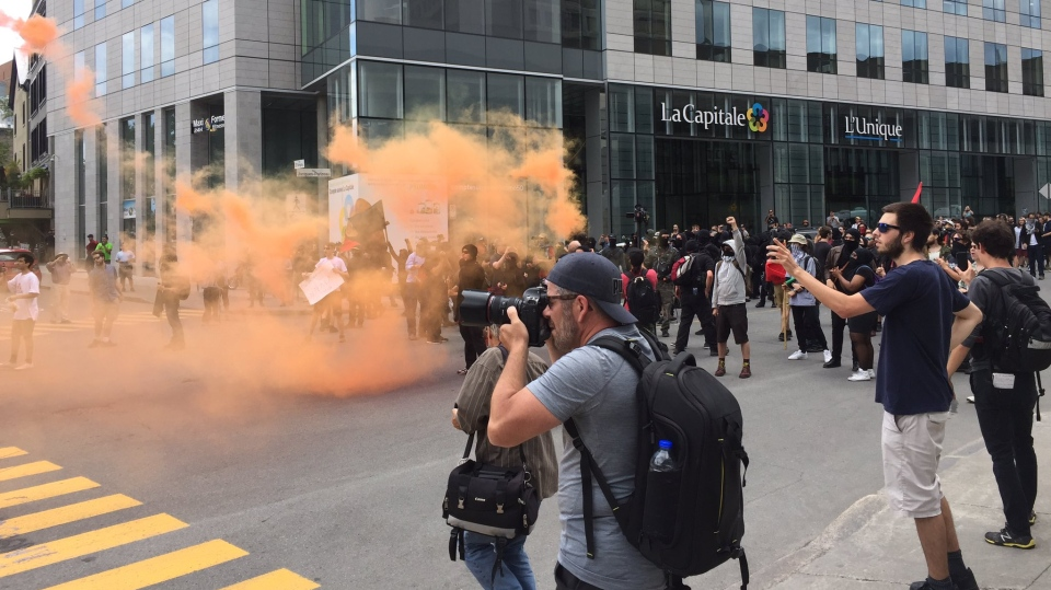 Quebec City police declare protest illegal as far-right, anti-fascists face off