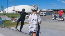 Longueuil police officer Thierry Hinse-Fillion is connecting with kids by showing off his skateboard skills.