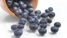 Kiwis have as much vitamin C as acai berries. (rodrigobark / Istock.com)