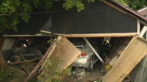 car, crushed, garage,tornado, lachute