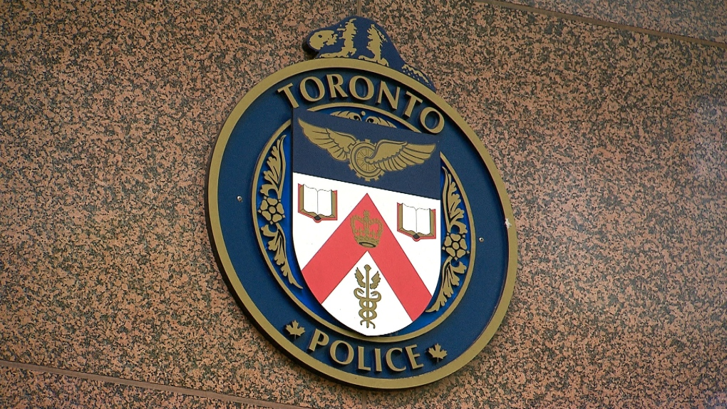 Suspect sought after passenger assaulted on TTC subway train