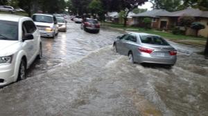 more flooding/DIbALriUwAAtbg9.jpg