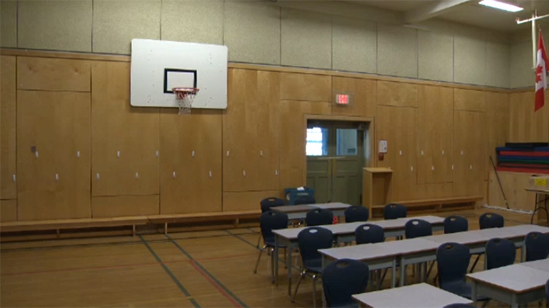 With Construction Of Portables Delayed A Gymnasium Has Been Turned Into Makeshift Classroom At Willows Elementary In Victoria Sept 1 2017