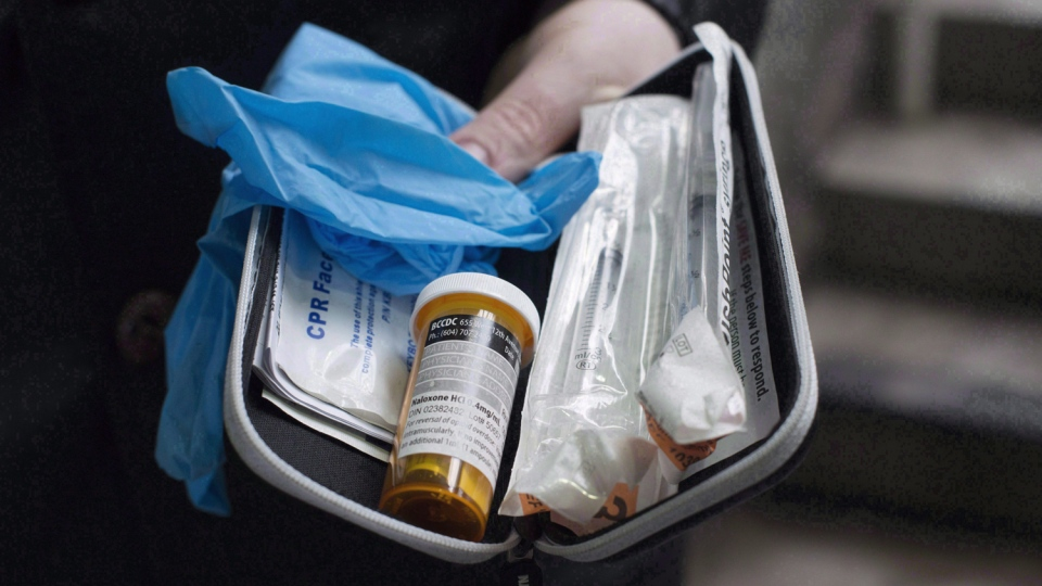 A naloxone anti-overdose kit is shown in Vancouver on Feb. 10, 2017. (THE CANADIAN PRESS/Jonathan Hayward)