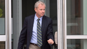 Dennis Oland heads from Court of Queen's Bench in Saint John, N.B. on Tuesday, Sept. 5, 2017 after a hearing to set a date for his new second-degree murder trial.  (THE CANADIAN PRESS/Andrew Vaughan)