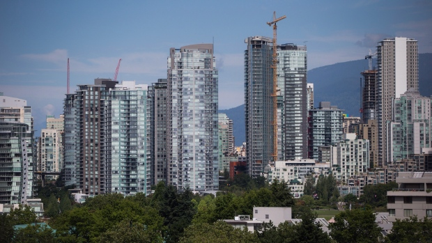 Condo towers are seen in downtown Vancouver, B.C., on August 15, 2017. (Darryl Dyck/THE CANADIAN PRESS)