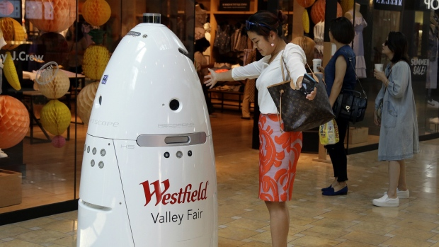 Rise of robots fuels income discussion