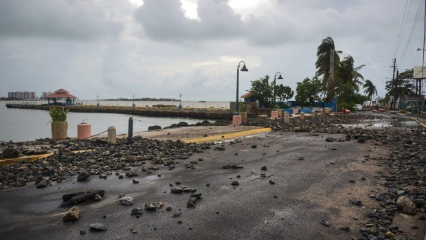 Latest on Hurricane Irma: French minister: 4 dead, not 8, on St. Martin