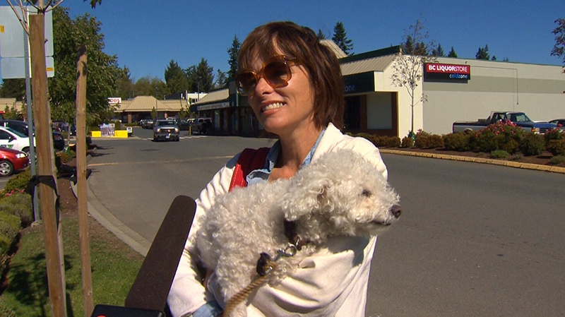 Actress Parker Posey is praising the people and beauty of Sooke while in town for the next five weeks to shoot the romantic comedy 'Elsewhere.' Sept. 11, 2017. (CTV Vancouver Island)