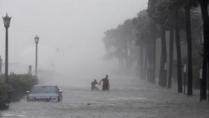 Tropical Storm Irma hits Charleston, S.C.