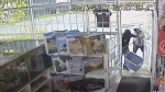 Caught on cam: Thieves ransack Barrie hobby store