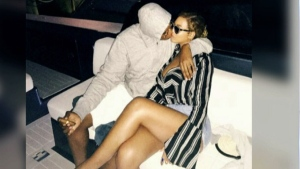 CTV News Channel: Beyonce and Jay-Z get cozy