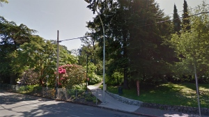 An entrance to Stadacona Park in Victoria is shown in this undated Google Maps image.
