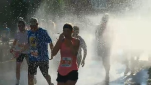Thousands ran in Sunday's 1/2 marathon in Montreal.