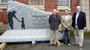 From left to right: Larry Gollner, Rob Poncelet and Michael Heppell receive the Victoria Afghanistan Memorial, which honours the men and women who served as well as all of their families. (cicafghanistanmemorial.ca)