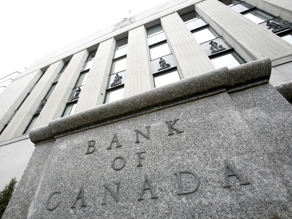 The Bank of Canada in seen in Ottawa on Tuesday April 21, 2009. (Sean Kilpatrick / THE CANADIAN PRESS)