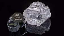A 1,100-carat diamond is shown in this undated handout photo. (Lucara Diamond Corp., Lucian Coman)