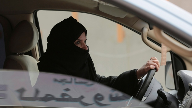 First Saudi woman receives drivers license