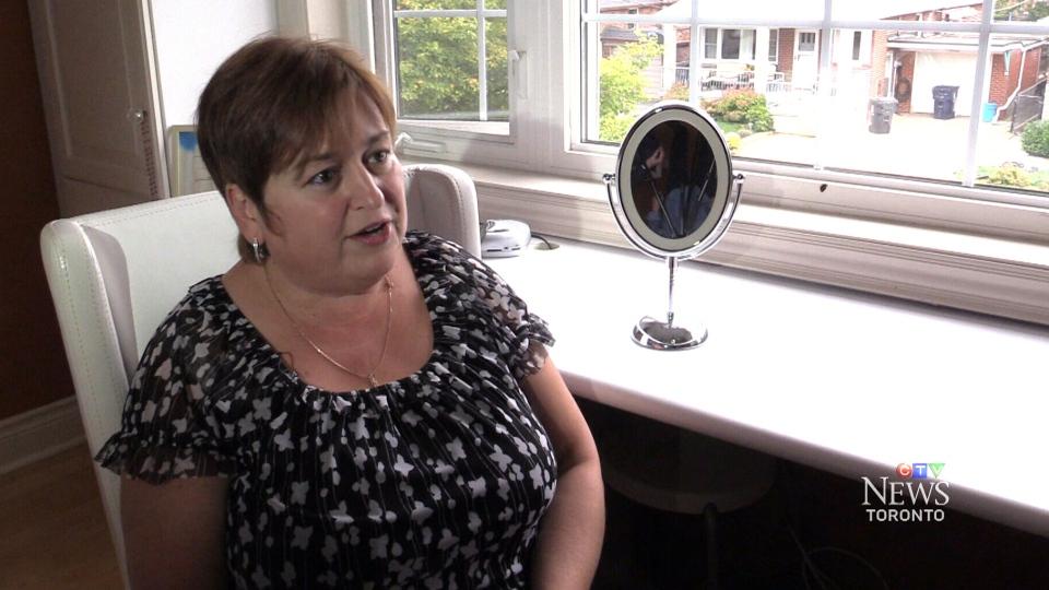 Makeup mirror sparks fire