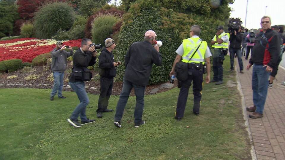 Peace Arch protest