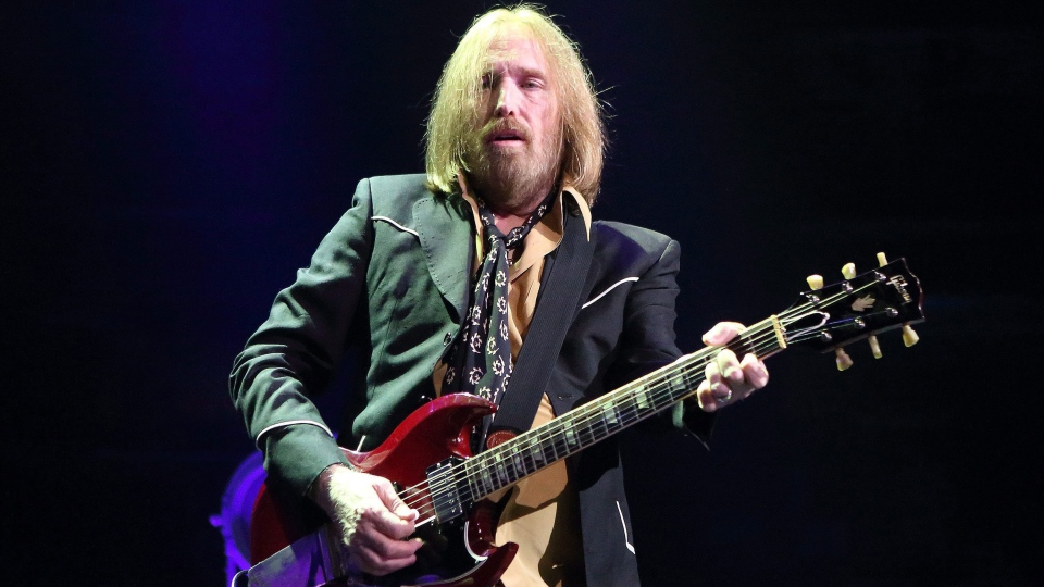 Tom Petty performs in concert with Tom Petty and the Heartbreakers during their 'Hypnotic Eye Tour 2014' in Philadelphia. (Photo by Owen Sweeney/Invision/AP)