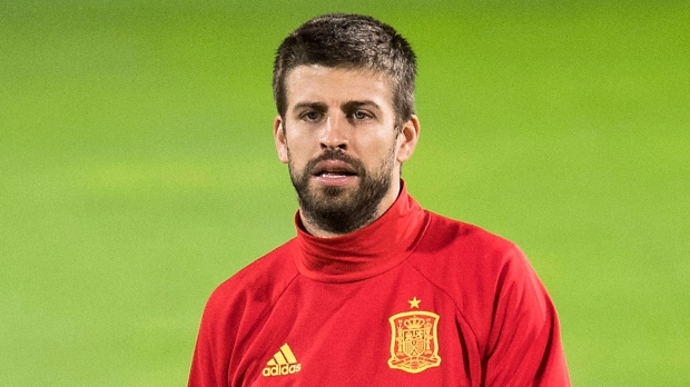 Viera: Pique is committed to Spain