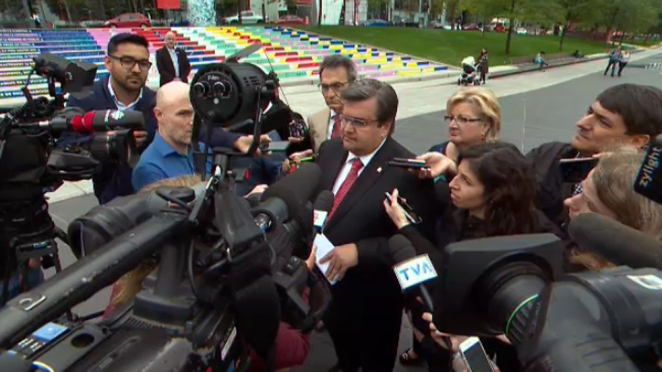 Denis Coderre faces reporters on Oct. 5, 2017