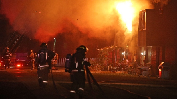 Bodies of 2 adults and a child pulled from burning home in Nanaimo