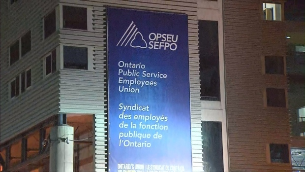 Faculty at Ontario's public colleges set Monday strike deadline