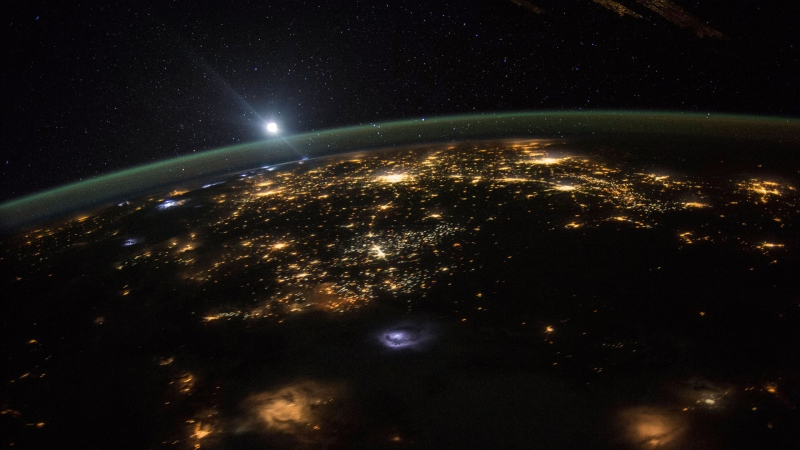 This Aug. 10, 2015 photo made available by NASA shows a sunrise from the vantage point of the International Space Station, about 220 miles above the surface of the Earth. (Scott Kelly/NASA via AP)