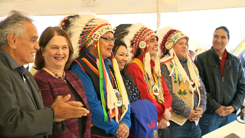 Minister of Indigenous Services Jane Philpott, second from left, celebrates the grand opening of the new Manitoba First Nations School System on the Brokenhead Ojibway Nation, in Scanterbury, Man., Wednesday, Oct. 11, 2017.