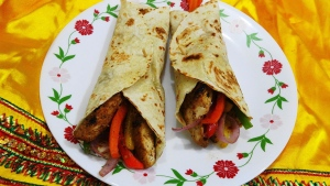 Fajita wraps pictured in this undated file photo. (Miansari66/ Wikipedia)