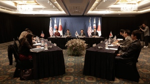 Delegates of South Korea, centre, the United States and Japan, right, attend their trilateral meeting to coordinate strategies on North Korea, in Seoul, South Korea, Wednesday, Oct. 18, 2017. (AP / Ahn Young-joon)