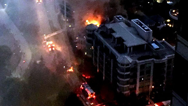 Emergency crews are responding to a fire in the Humber Bay neighbourhood. (Twitter/Kristine Pantaleo)