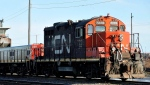 A CN locomotive goes through the CN Taschereau yard in Montreal. (File/THE CANADIAN PRESS)