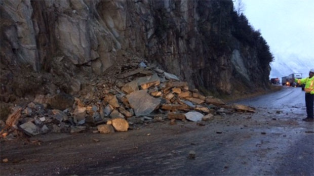 Trans canada highway near golden reopened following rock for Landscaping rocks windsor ontario