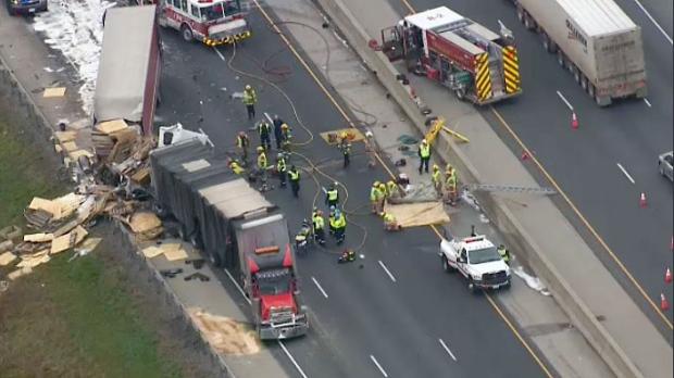 Fatal crash in Cambridge closes part of Hwy  401 | CTV News