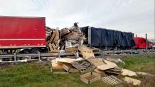 crash, Cambridge, Highway 401