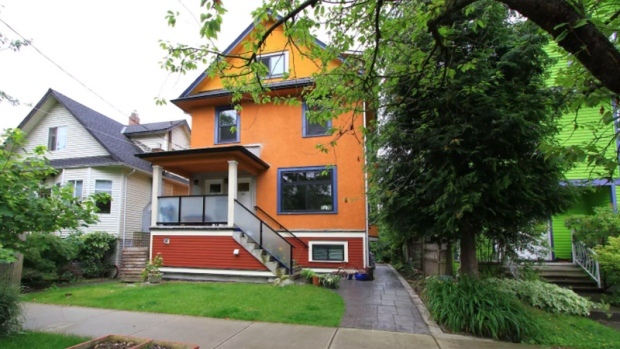 This is one of the Airbnb rentals in Vancouver that Twitter account @Vistro11 has flagged to the city for being an illegal short-term rental. (Airbnb/ Big Orange House)