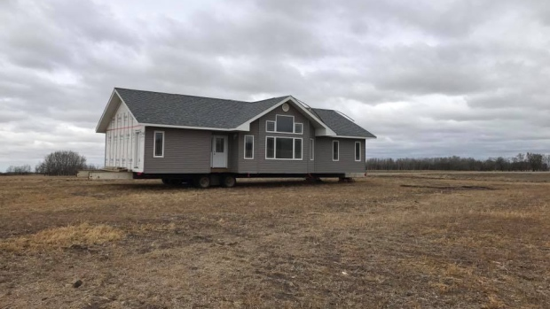 Saskatchewan man finds mysterious brand-new house in his farm field