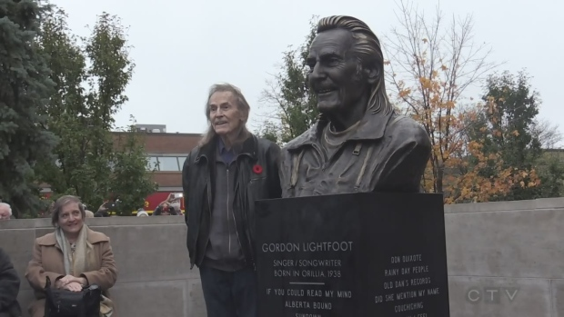 gordon lightfoot statue unveiled in orillia