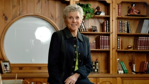 Anne Murray shown at her home in Toronto, Wednesday, Oct. 10, 2007. (THE CANADIAN PRESS/Aaron Harris)