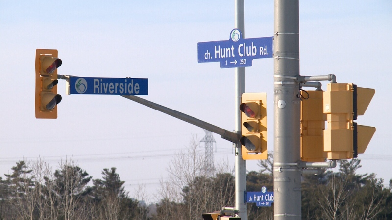 Newly released data from the City of Ottawa shows the intersection of Hunt Club Road and Riverside Drive has kept its title as the worst intersection in the city for collisions.