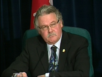 Canada's Chief Public Health Officer Dr. David Butler-Jones provides the latest H1N1 details on Thursday, April 30, 2009.